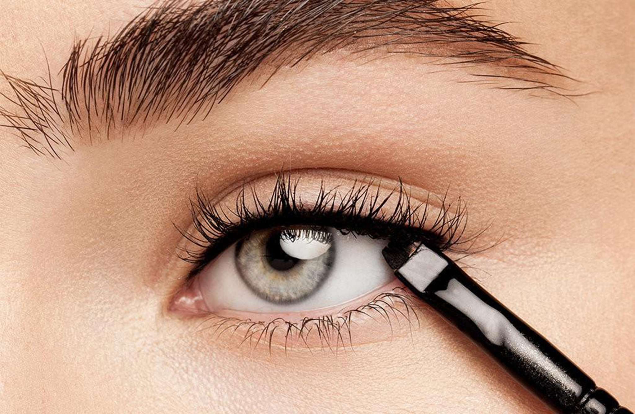 Once Done, Create A Wing On Your Eyes But Dotting On The Eyelids Make Sure  That Your Wing Is As Close As Possible The Lashes And Is Lifted Upward And  Is